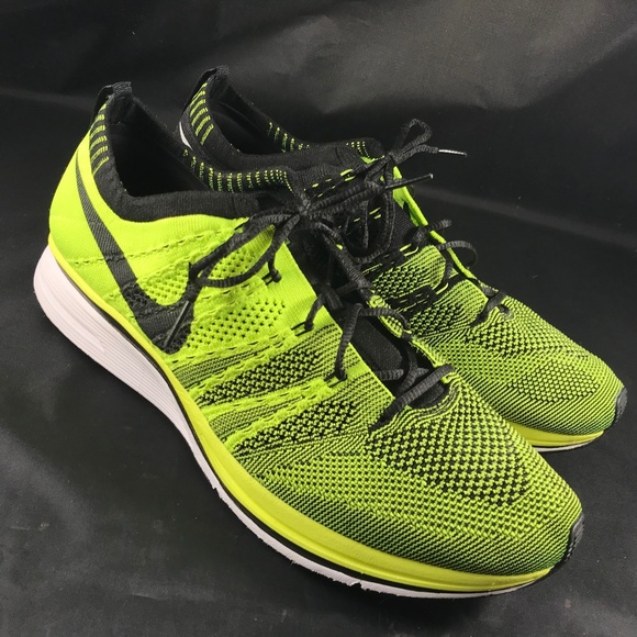 3c43e9231cd8 NEW NIKE VOLT FLYKNIT TRAINER Olympic 532984 700